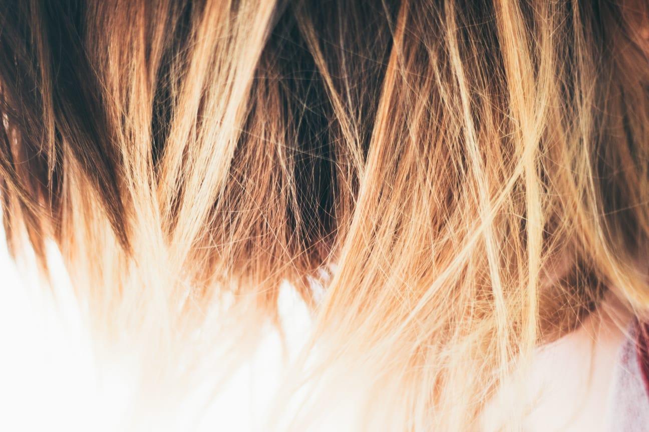 Dámský střih - polodlouhé vlasy